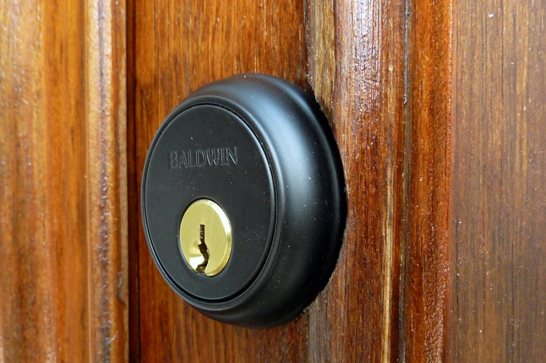 commercial locksmith tips for better door security